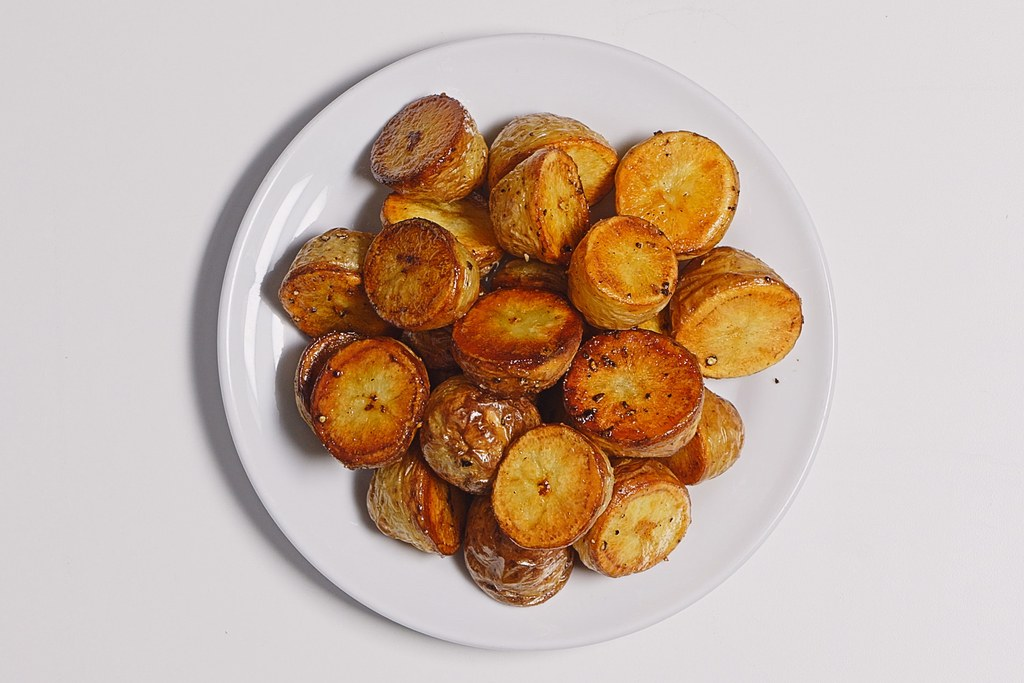 아주 Roasted Potatoes