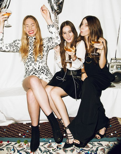 haim-new-years-eve-party-group-shot