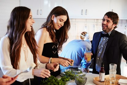 haim-extras-kitchen-closeup