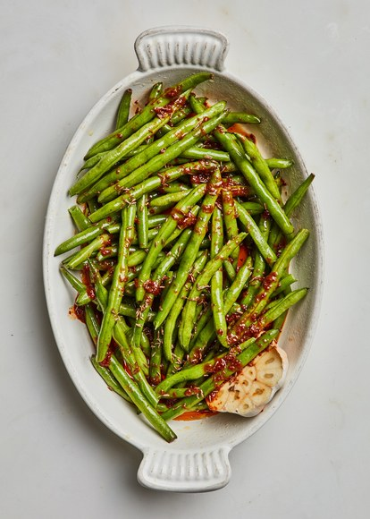 スロー cooked green beans with harissa and cumin before