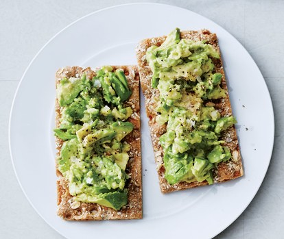 avocado-Wasa-cracker
