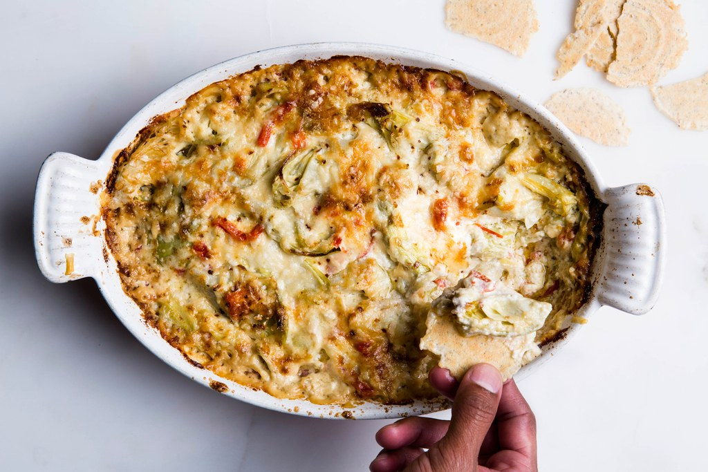 Uno Artichoke Dip to Rule Them All
