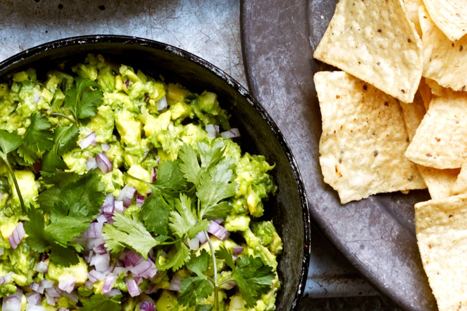 Sedano-spillo Guacamole with Chiles