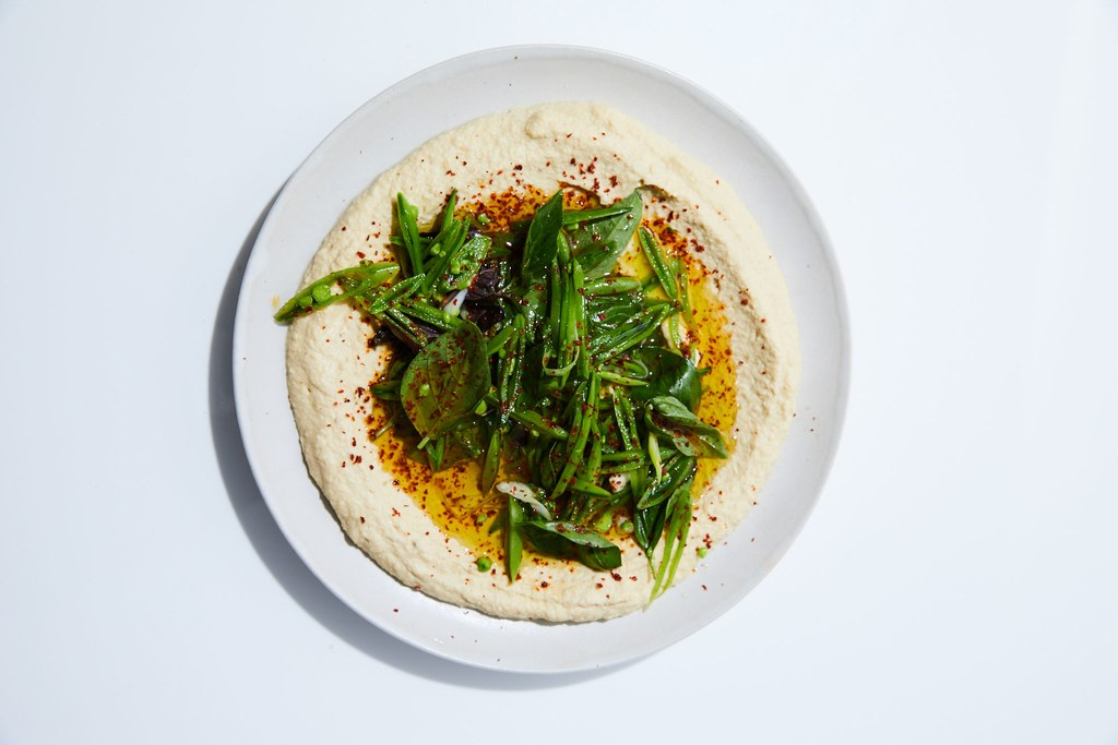 hummus with Sugar Snap Peas and Basil